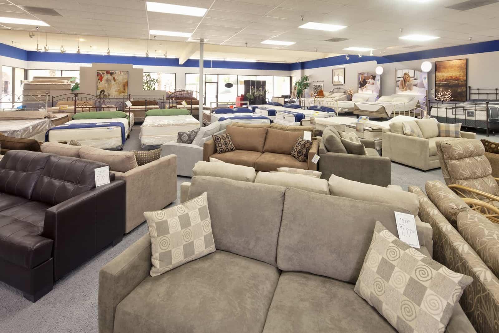 תצוגה לחנות רהיטים
